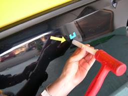 Step3 ボディ表面の小さな凹凸と斜めから見える歪みを微調整する。